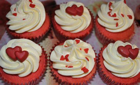 day cupcakes valentines day cakes cupcakes mumbai 21 cakes and cupcakes mumbai