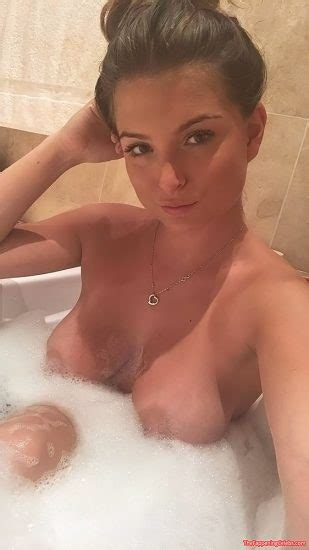 Zara Holland Nude Leaked Pics And Sex Tape Porn Video