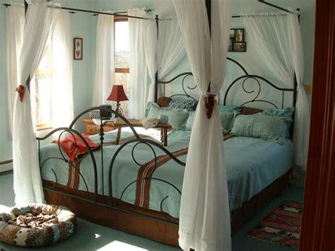 schlafzimmer behaglich das schlafzimmer günstig einrichten 24 coole wohnideen