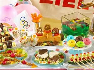 Spiele Für Feiern : wir feiern eine kinderolympiade lecker ~ Frokenaadalensverden.com Haus und Dekorationen