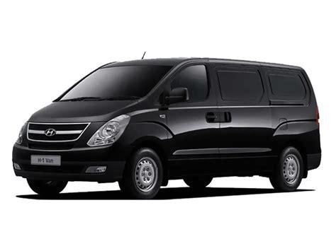 Hyundai H1 by Hyundai H1 2 4 Nafta Premium At4 12plazas Deautos