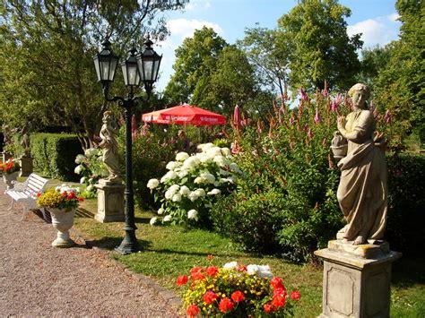 Café Im Garten  Cafe & Restaurant & Motorradmuseum Im