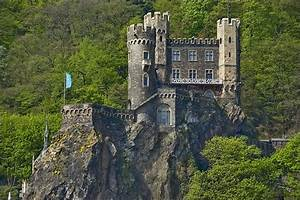 Rhine castle | Magical spaces | Pinterest