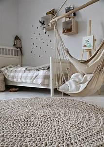 63 idees avec une balancoire pour votre salon archzinefr With tapis de yoga avec canapé balancoire