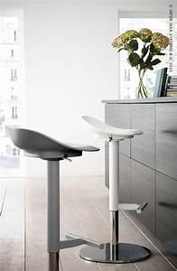 Pub Ikea 2018 : petite table basse de salon en bois table meubles con bar ~ Melissatoandfro.com Idées de Décoration