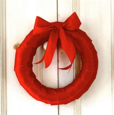 simple ribbon wreath allfreechristmascrafts