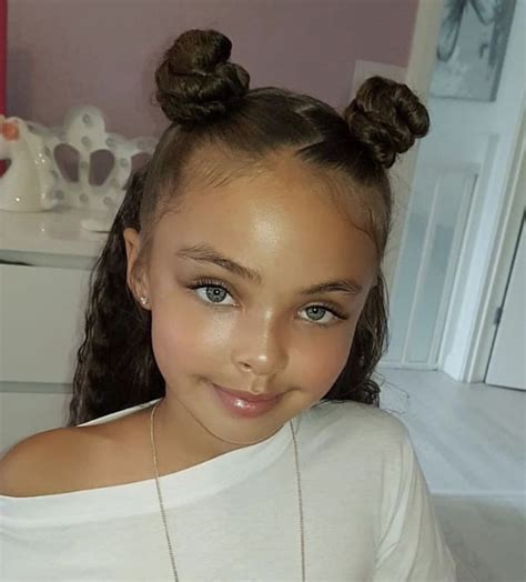 Cute Space Buns For Curly Hair HairStyle Arti 241