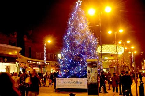 uxbridge lays plans for the best lights get west - Town Centre Christmas Lights
