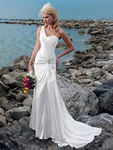 Exotic strapless beach wedding dresses fashion fuz for Beach wedding bride dresses