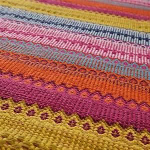 Teppich Auf Fliesen : teppich bunt kigali 140x200 bei maisons du monde f r 89 90 eur teppiche pinterest ~ Eleganceandgraceweddings.com Haus und Dekorationen