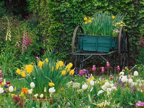 Spring Flower Garden @ Free Desktop Backgrounds