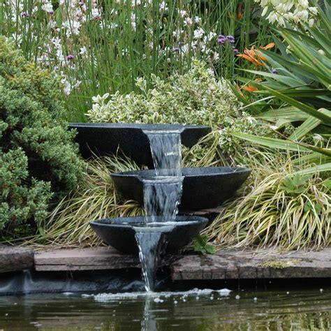 idees deco fontaines  bassins dans le jardin cocon