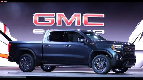 GMC Car : Gmc Debuts The 2019 Sierra, Goes Upscale And High-tech