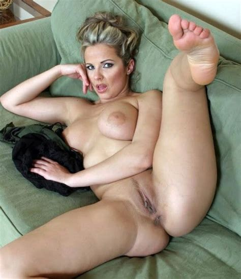 Horny pure mature whore have beautiful..