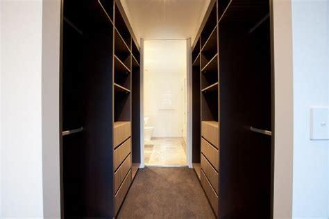 walk  wardrobe   ensuite       small walk  wardrobe bedroom