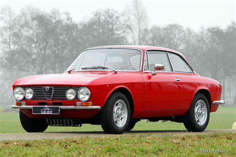 Alfa Romeo 1974 1974 alfa romeo giulia photos informations articles
