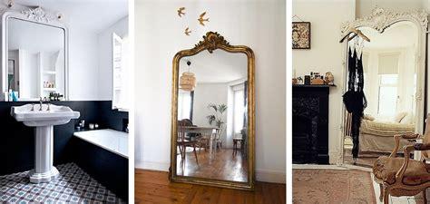 decoration a vivre 7 id233e d233co un grand miroir ancien une hirondelle dans les