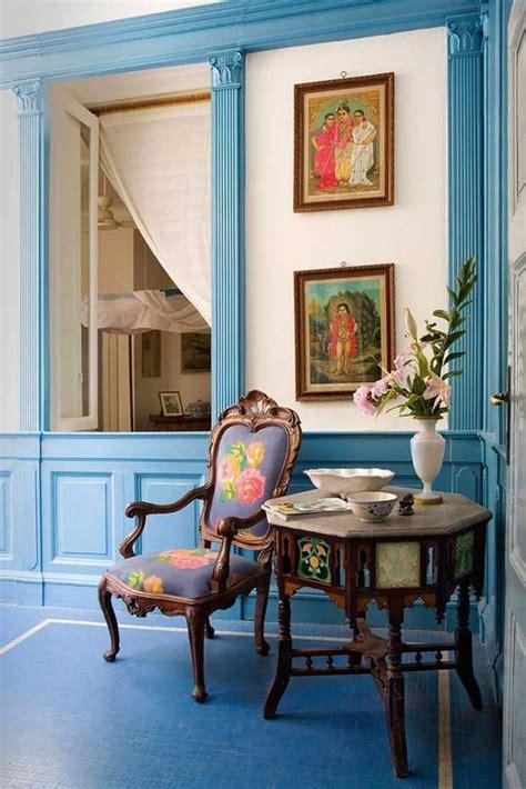 beautiful blue monochromatic theme  vintage indian