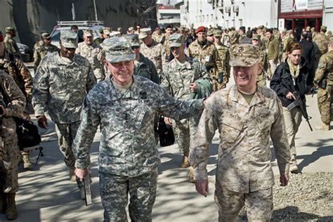 army considers marine corps camo   uniforms