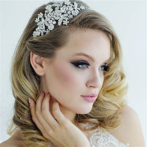 30 bridal hair jewelry ideas for a charming wedding