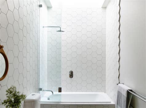 Modern Bathroom Tile Trends by 10 Bathroom Tile Trends For 2019 Modern Home Decor
