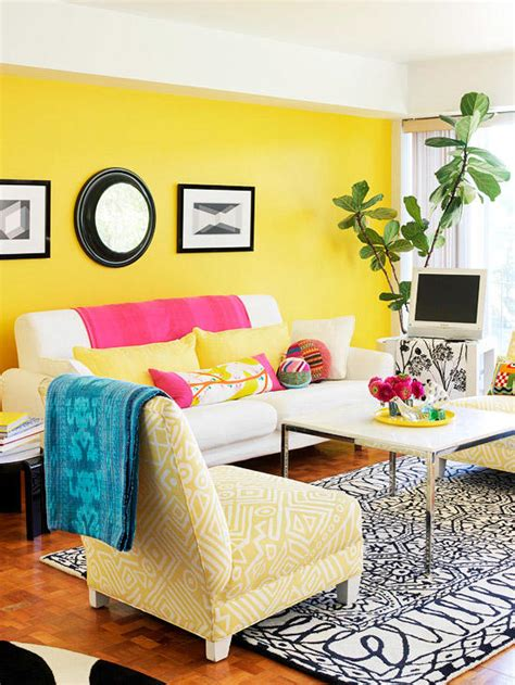 Living Room Yellow Walls by Decorating Ideas For A Yellow Living Room Better Homes
