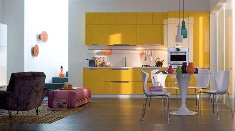 meuble cuisine jaune cuisine quelles couleurs associer avec des meubles en