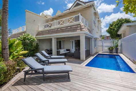 Villa Radwood Beach House
