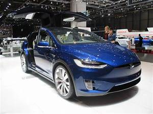 Tesla Porte Papillon : le tesla x dans sa version de s rie est gen ve l 39 argus ~ Nature-et-papiers.com Idées de Décoration