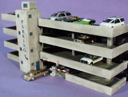 ho scale bachmann  story parking garage