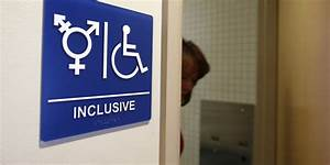 Transgender bathroom laws us government weighs in on for Transgender bathroom debate