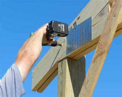 pole barn installation ledgerlock installation hansen buildings