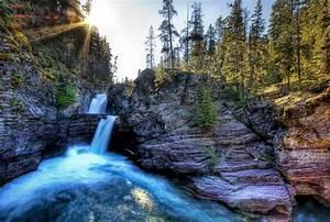 running, water, between, rock, formation, near, green, forest