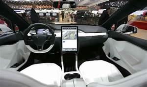 2021 Tesla Roadster Interior