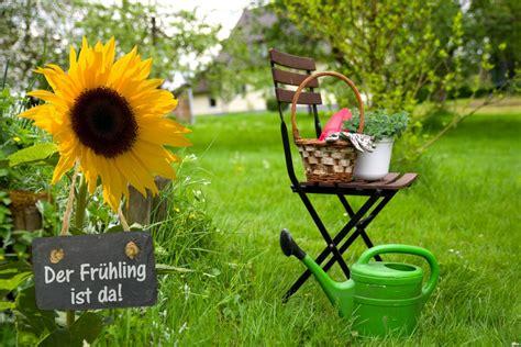 Gartenarbeit Im April  Der Frühling Ist Da  Garten Mix