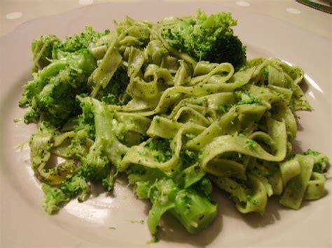 recette de pates aux brocolis p 226 tes quot vertes quot aux brocolis mon cahier de recettes