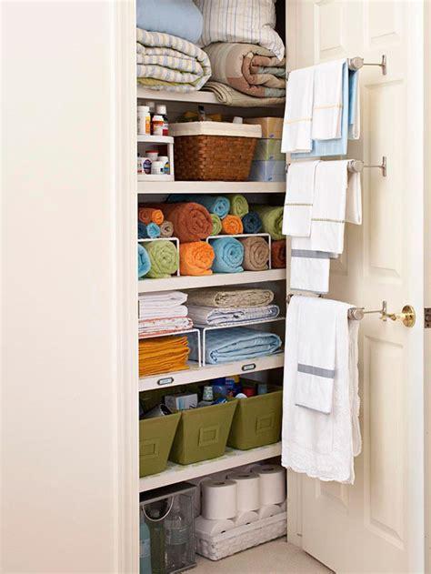 Organizing The Linen Closet by 13 Brilliant Linen Closet Organization Ideas