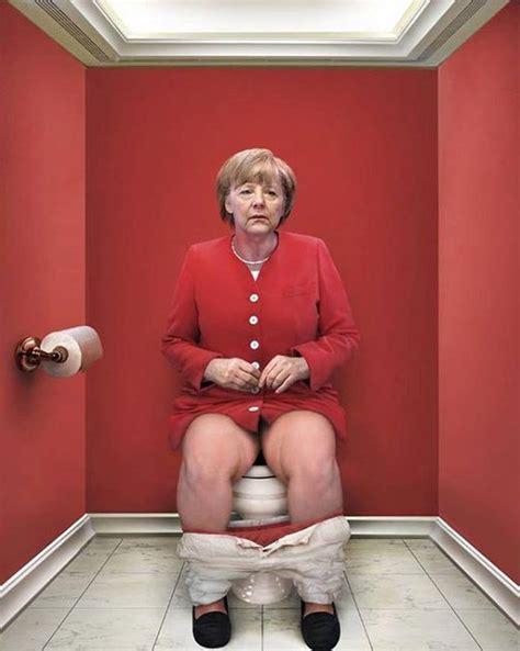 daily duty world leaders pooping jebiga design