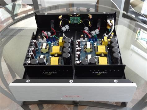 sonic magnum  stereo amplifier sold
