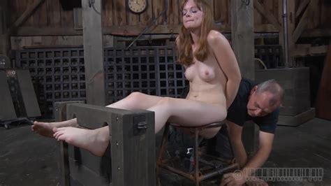 Asphyxiated Hazel Hypnotic will suck the master's penis - PornDoe