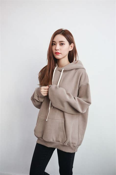 Best 25+ Oversized hoodie outfit ideas on Pinterest | Hoody Asian fashion wholesale and Womenu0026#39;s ...