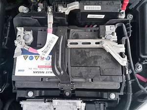 Batterie Renault Scenic 3 : megane 3 agm batterie ausbauen f r dummies ~ Medecine-chirurgie-esthetiques.com Avis de Voitures