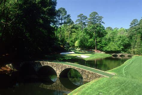percent  golfers  move wedding