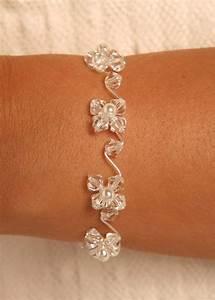 bracelet mariee avec fleurs de cristal au coeur perle With bracelet de mariage