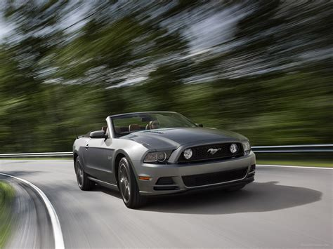 Ford Mustang Gt 2013 by Ford Mustang Gt 2013 Car Wallpapers 02 Of 50