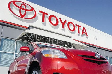 toyota company toyota holds on to top 10 place in fortune global 500