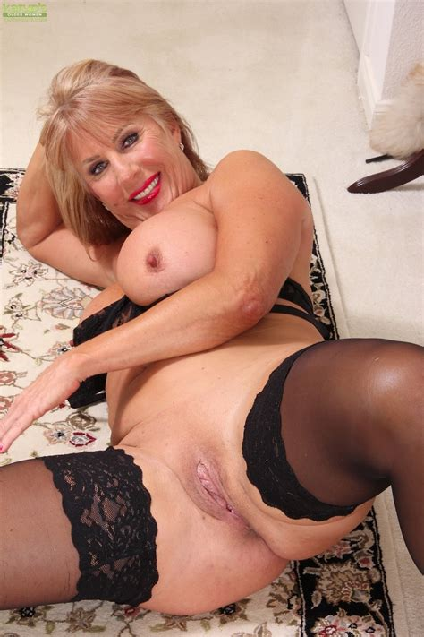 archive of old women nude mature pussy