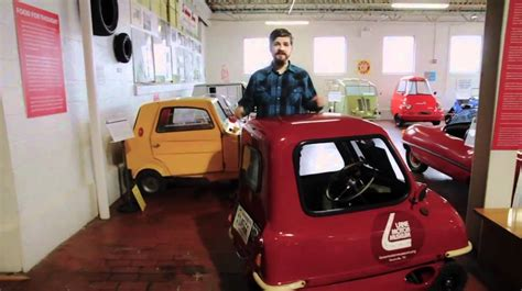 Driving the world's smallest car, the Peel P50 - YouTube