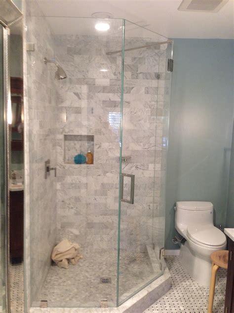 Maax 137210 Intuition 36 Neo Round Corner Shower Door