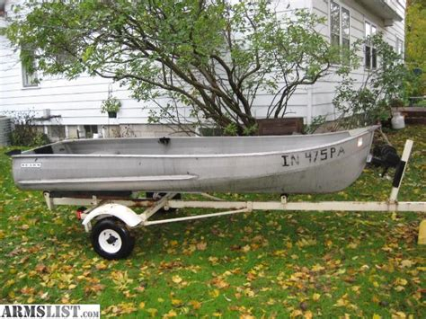 Old Row Boat Oars For Sale by Armslist For Sale Fishing Row Boat 12 Aluminum